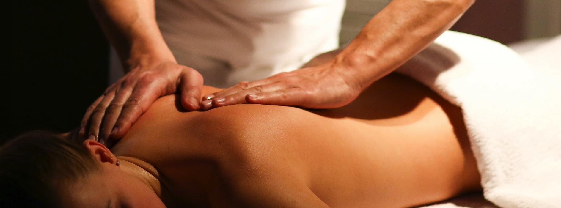 massage du dos - ecole de massage sensitif belge